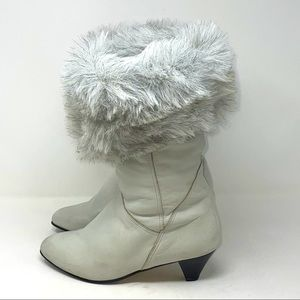 Cougar Canada Leather heeled Boot Gray 8 1/2
